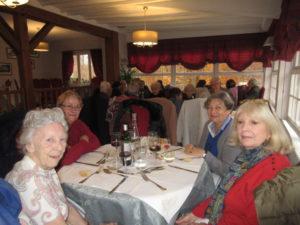 Pause déjeuner à l'Auberge du Mont St Pierre