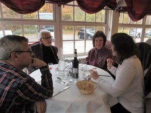 Pause déjeuner à l'Auberge du Mont St Pierre-4