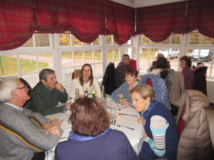 Pause déjeuner à l'Auberge du Mont St Pierre-5