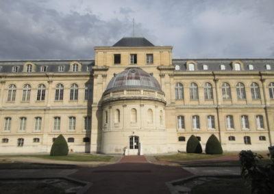 Manufacture de Sèvres- façade intérieure