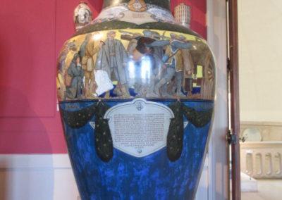 Vase de Sèvres célébrant l'Armistice de 1918